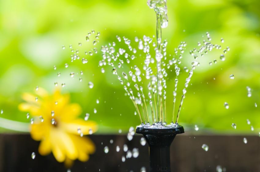 solarbrunnen-wasserspiel